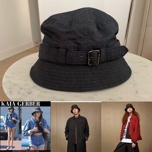 UNISEX NWOT Bucket Hat